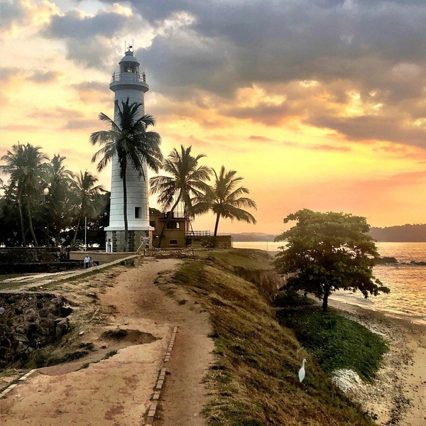 Tour Guides in Sri Lanka